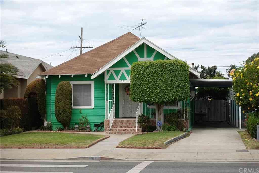 2811 Arlington Avenue, Los Angeles, CA, 90018,