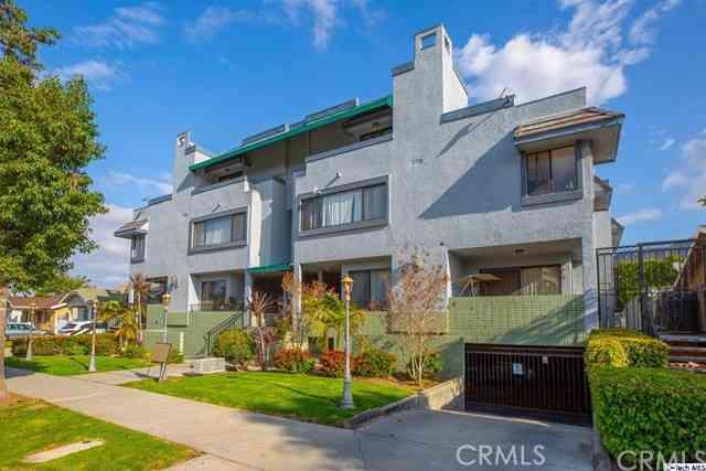 555 W Dryden Street #12, Glendale, CA, 91202,