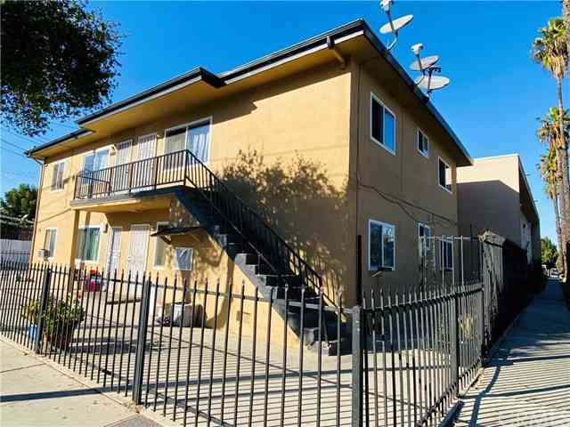 2125 Saturn Avenue, Huntington Park, CA, 90255,