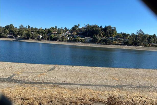 1733 Silver Lake Boulevard
