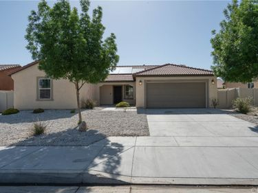16061 Papago Place, Victorville, CA, 92394,