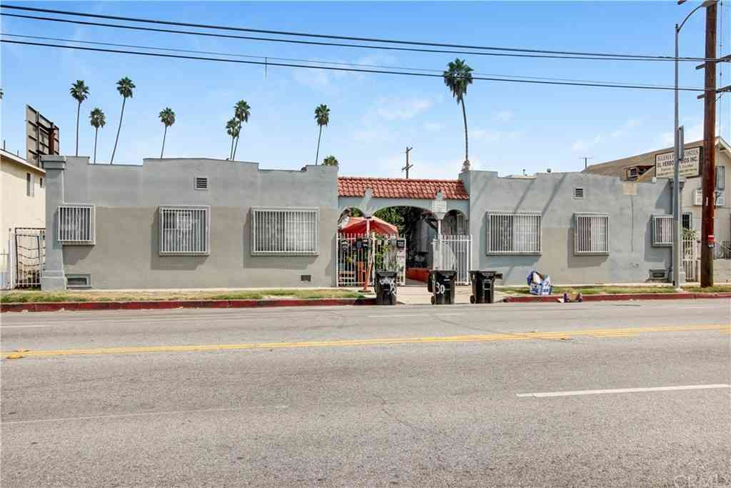 5928 S Hoover Street, Los Angeles, CA, 90044,
