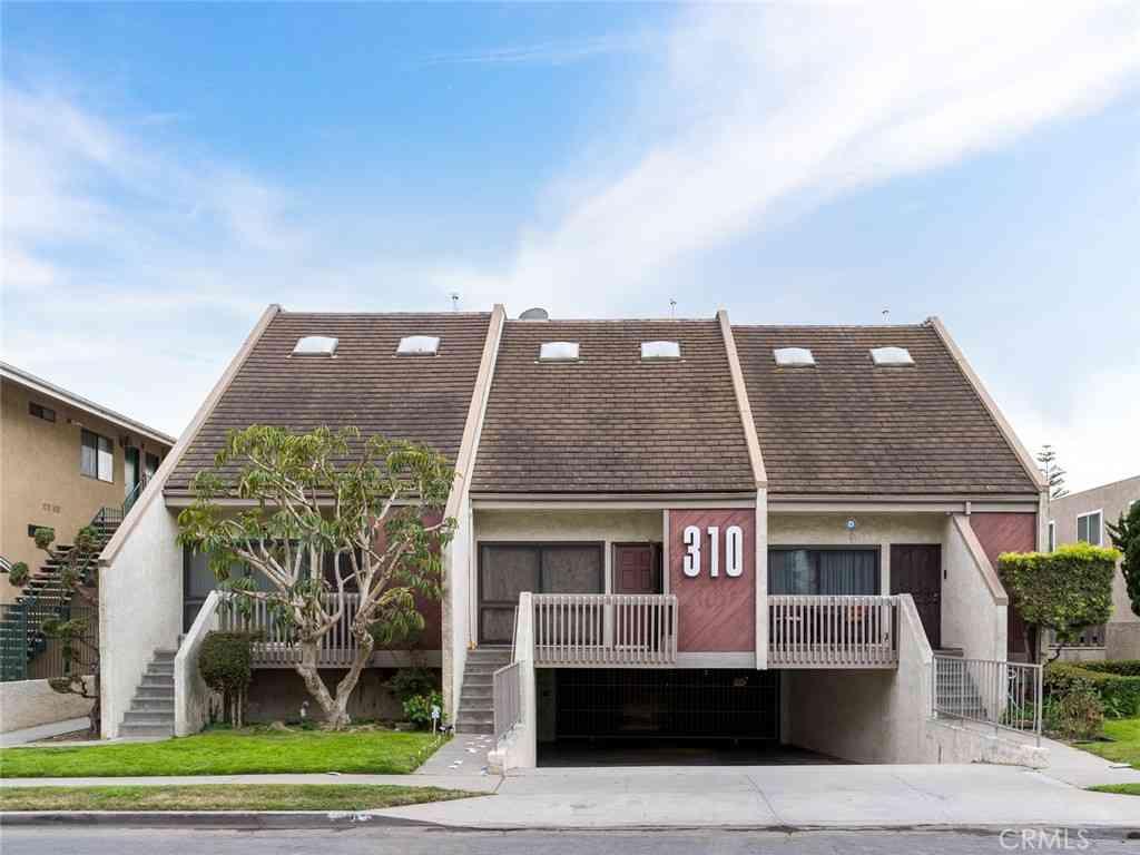 310 W Imperial Avenue #4, El Segundo, CA, 90245,