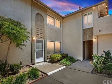 9665 Pettswood Drive #1, Huntington Beach, CA, 92646,