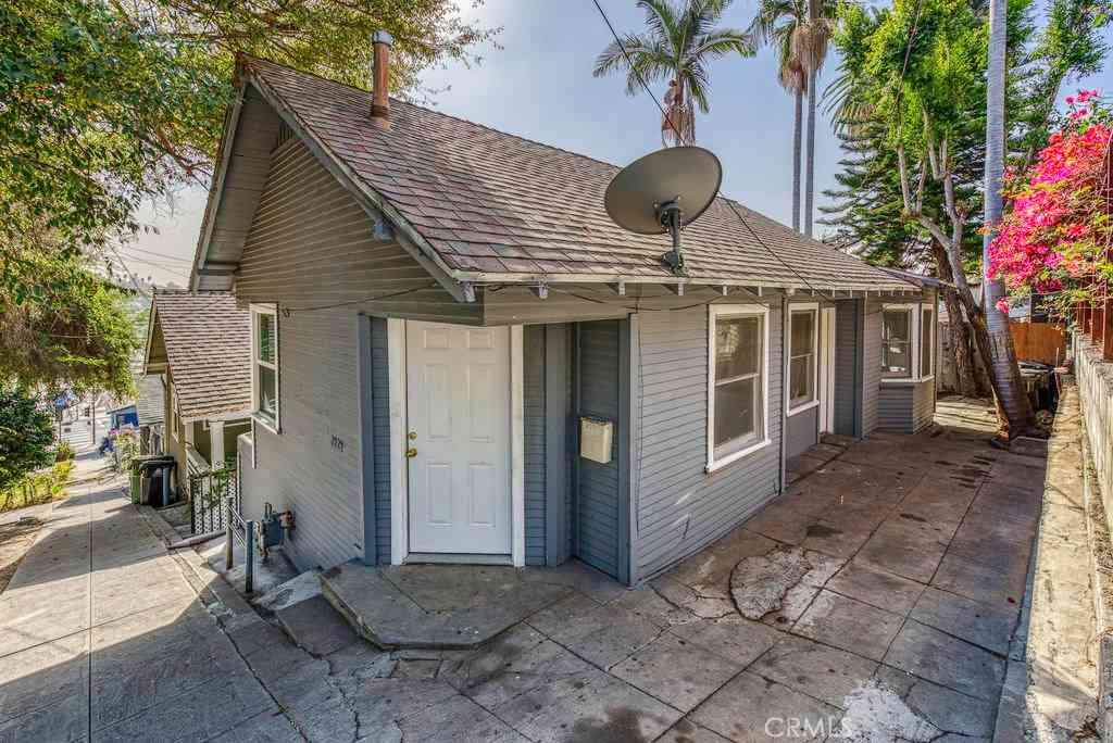 2124 Montana Street, Los Angeles, CA, 90026,