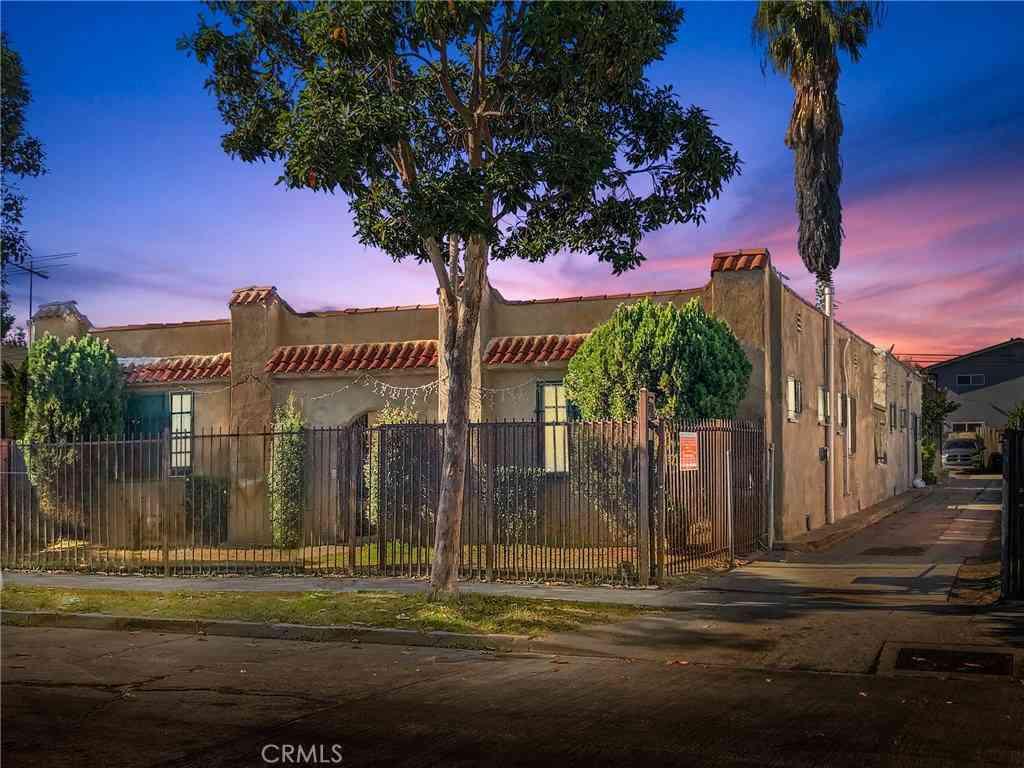 6209 S Victoria Avenue, Los Angeles, CA, 90043,