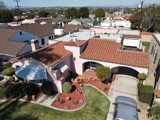 3521 West 79th Street, Inglewood, CA, 90305,