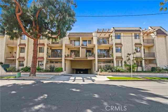 2662 East 20th Street #108, Signal Hill, CA, 90755,