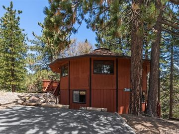 30778 Knoll View Drive, Running Springs, CA, 92382,