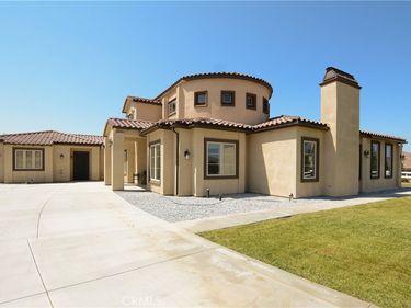 35949 Creekside Drive, Yucaipa, CA, 92399,
