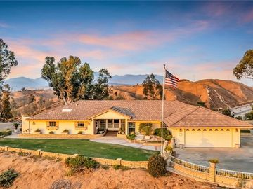 655 Golden West Drive, Redlands, CA, 92373,
