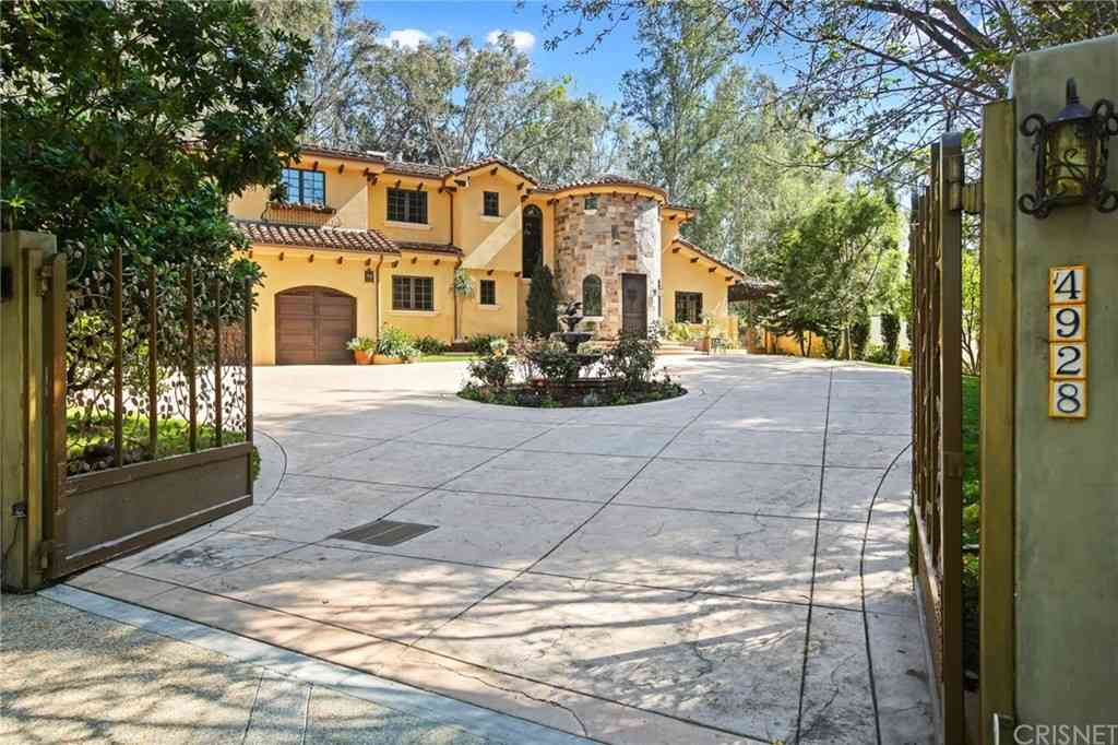 4928 Vanalden Avenue, Tarzana, CA, 91356,