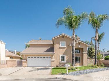 567 Fernshaw Drive, La Verne, CA, 91750,