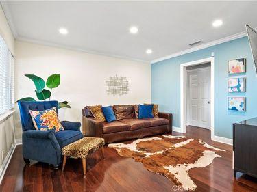1572 N Marengo Avenue, Pasadena, CA, 91103,