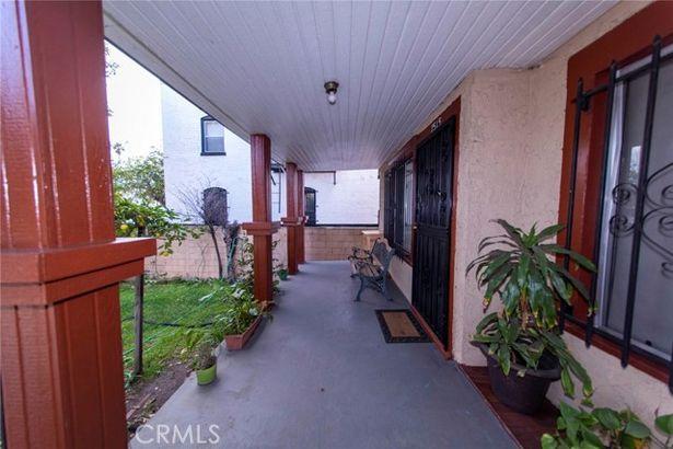2515 South Catalina Street