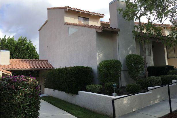 10444 Canoga Avenue #15