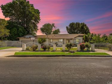 9412 Yolanda Avenue, Northridge, CA, 91324,