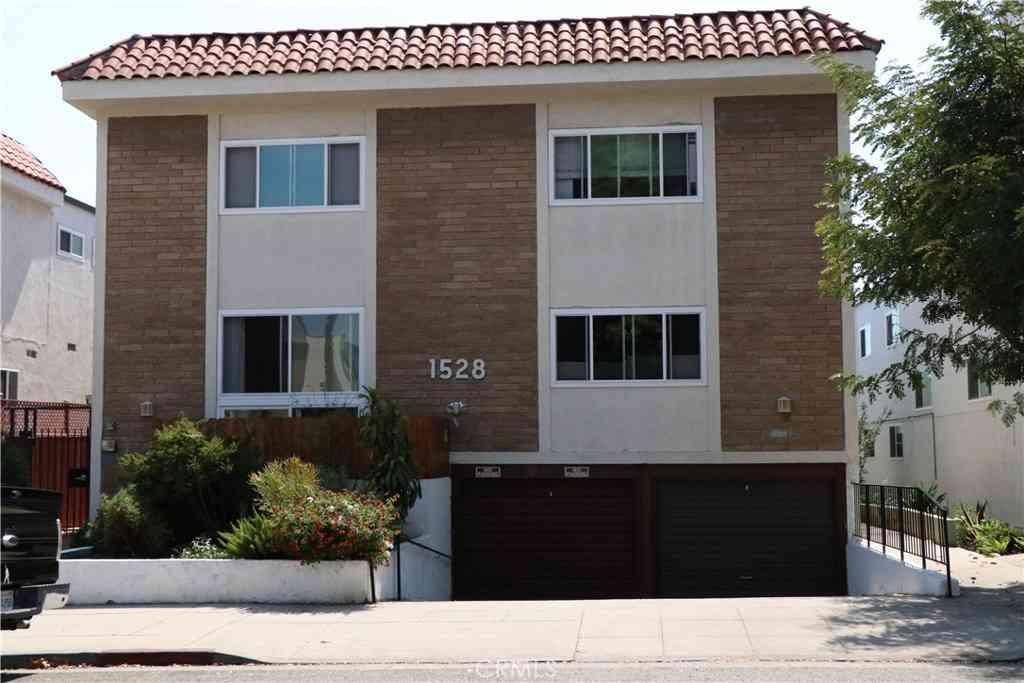 1528 Berkeley Street #4, Santa Monica, CA, 90404,