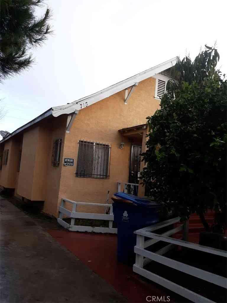 713 W 41st Drive, Los Angeles, CA, 90037,