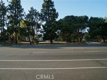 17559 Devonshire Street, Northridge, CA, 91325,
