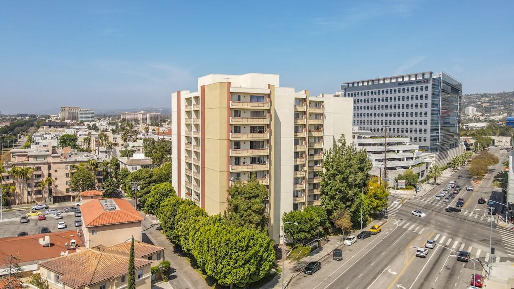 321 S San Vicente Boulevard #803, Los Angeles, CA, 90048,