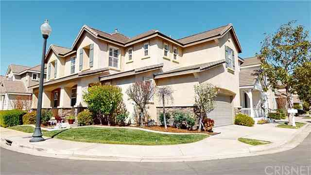 23347 Clearwater Lane, Valencia, CA, 91355,