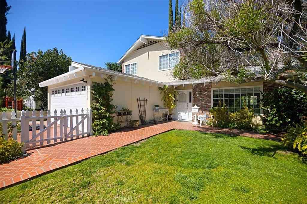 22019 Alizondo Drive, Woodland Hills, CA, 91364,