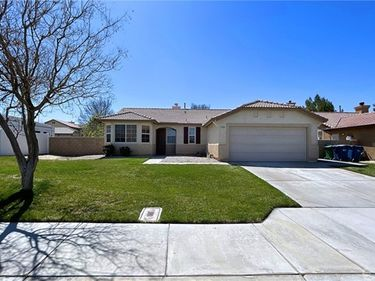 1352 West Avenue H4, Lancaster, CA, 93534,