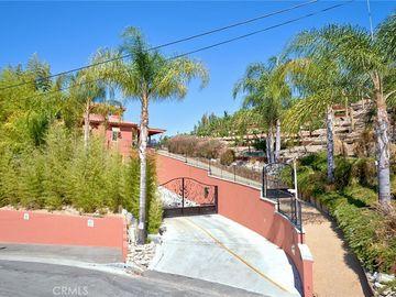 4886 Calderon Road, Woodland Hills, CA, 91364,