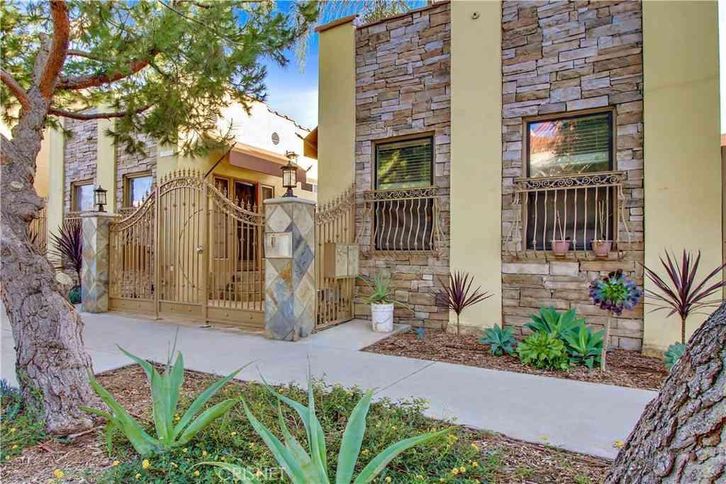 5918 Barton Avenue, Los Angeles, CA, 90038,