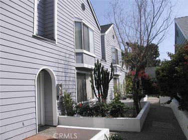 585 North Garfield Avenue #3, Pasadena, CA, 91101,