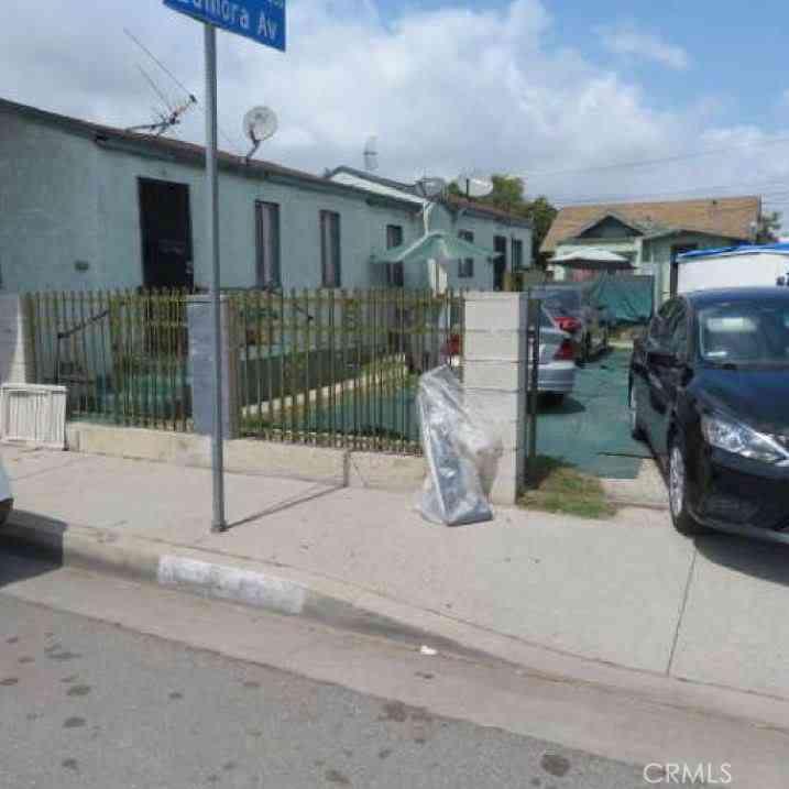 1331 Nadeau Street, Los Angeles, CA, 90001,