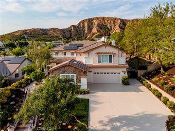 17761 Heron Lane, Canyon Country, CA, 91387,