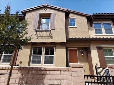 28667 Jardineras, Valencia, CA, 91354,