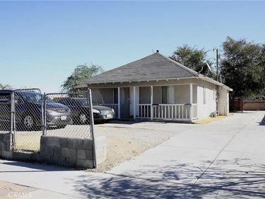 45142 Cedar Avenue, Lancaster, CA, 93534,