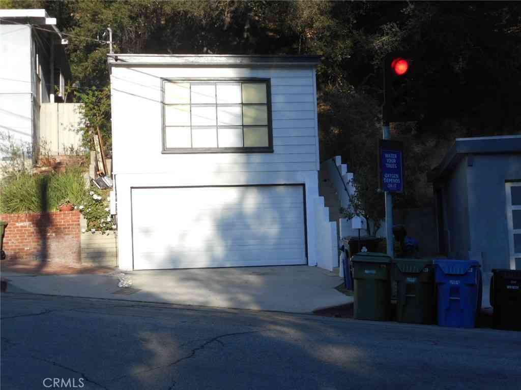 2174 N Beverly Glen Boulevard, Los Angeles, CA, 90077,
