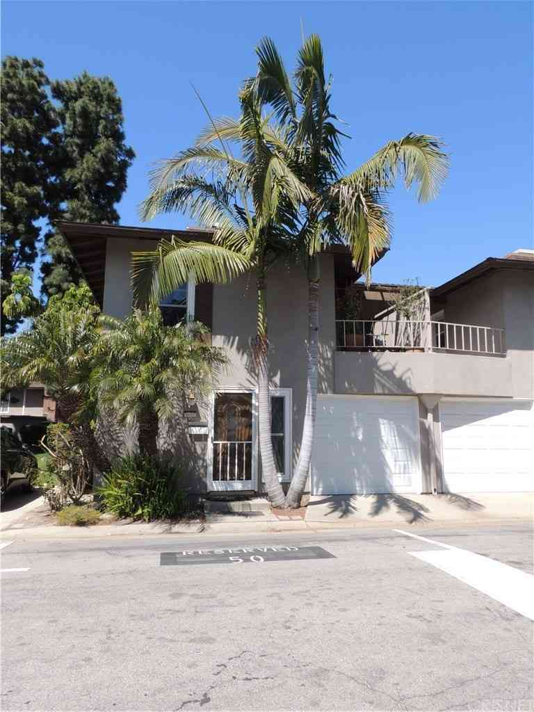 10412 Carlyle Court, Cypress, CA, 90630,