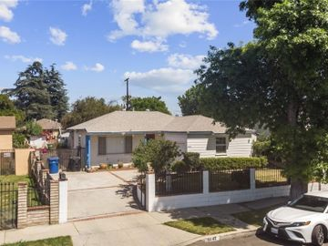 8042 Noble Avenue, Panorama City, CA, 91402,
