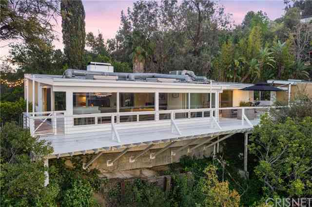 3555 Multiview Drive, Los Angeles, CA, 90068,