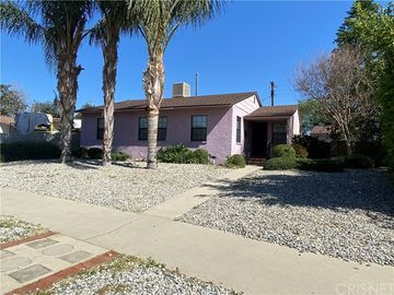 16945 Covello Street, Lake Balboa, CA, 91406,