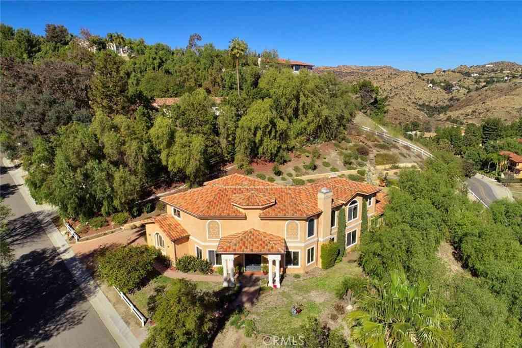4 Zanja Lane, Bell Canyon, CA, 91307,
