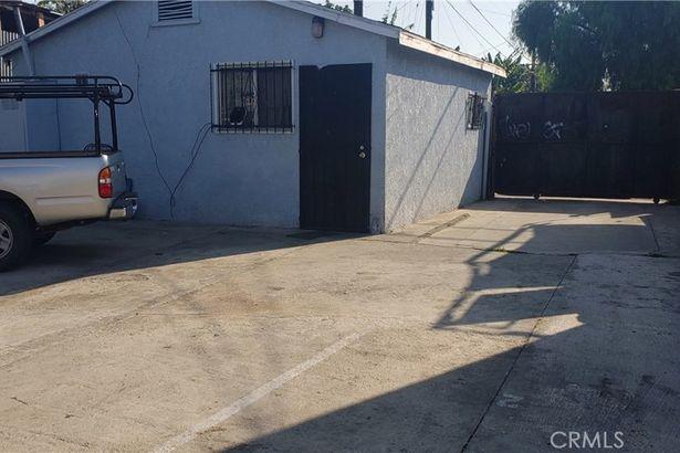 8764 Compton Avenue
