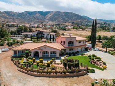 444 Westlake Drive, Palmdale, CA, 93551,