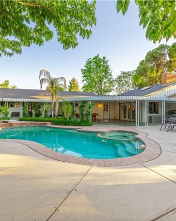 43732 Fenner Avenue Lancaster, CA, 93536