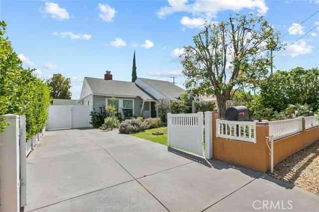 15242 Wyandotte Street, Van Nuys, CA, 91405,