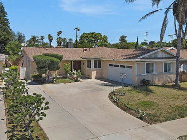 19127 Community Street, Northridge, CA, 91324,