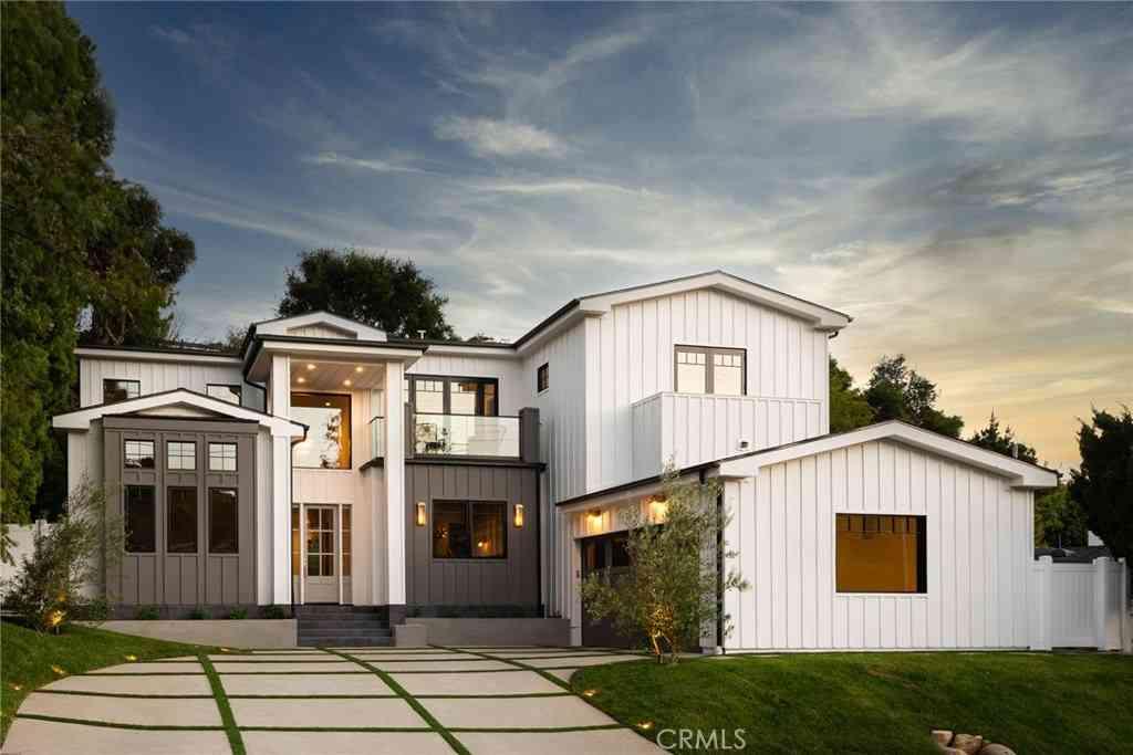 920 Las Pulgas Road, Pacific Palisades, CA, 90272,
