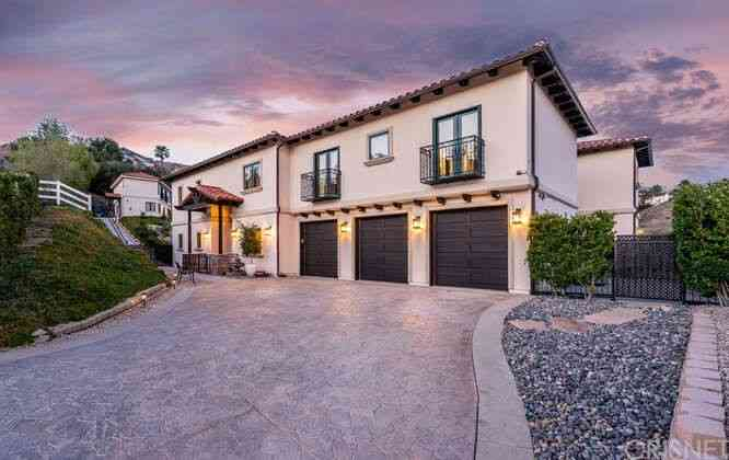 60 Hackamore Lane, Bell Canyon, CA, 91307,