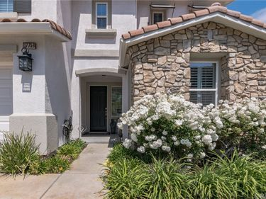 17759 Wren Drive, Canyon Country, CA, 91387,