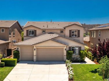 22518 Brightwood Place, Saugus, CA, 91350,